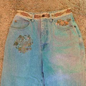 Vintage embroidered jeans
